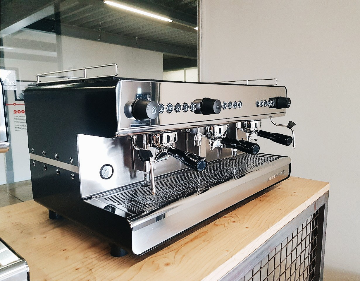 Основные показатели профессиональной кофемашины